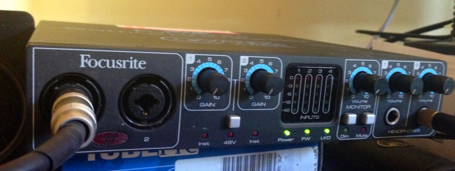 Connecting the cable to the Audio interface