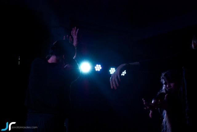 arte & vida dark lights dancing